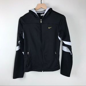 Women's Nike athletic jacket medium 8/10